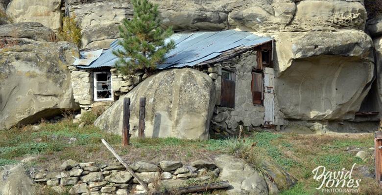 slideshow-Visit-Roundup-Montana-Frontier-Cabin-Montana