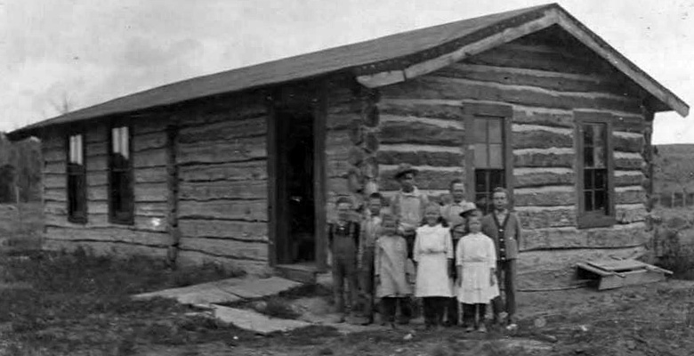 slideshow-Visit-Roundup-Montana-Historic-School-House