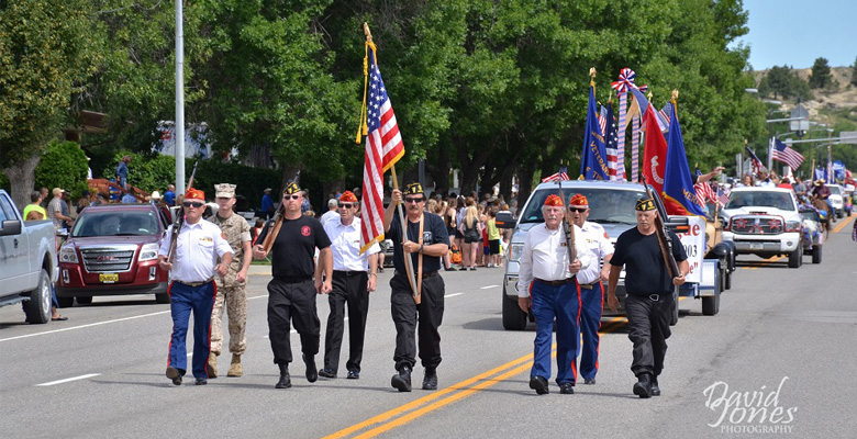 slideshow-Visit-Roundup-Montana-Veterans-Parade - Copy
